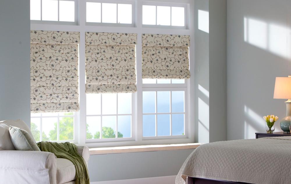 Римские шторы на пластиковые окна фото №7