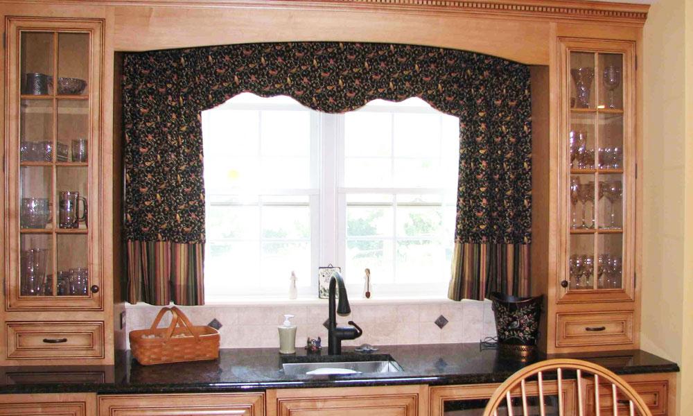 шторы-для-кухни-арки