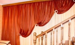 шторы-в-гостиную-ассиметричные-1