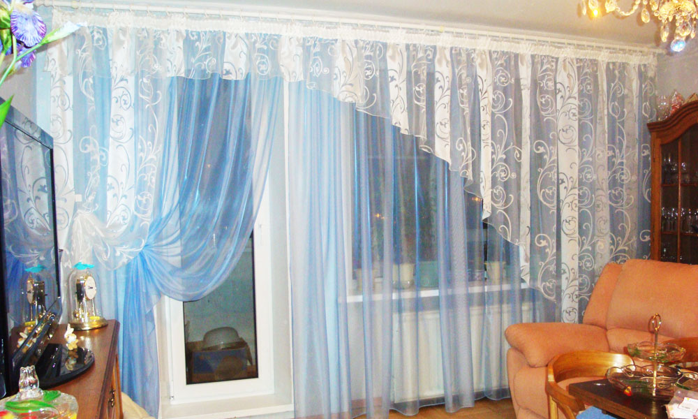 шторы-в-гостиную-ассиметричные-2