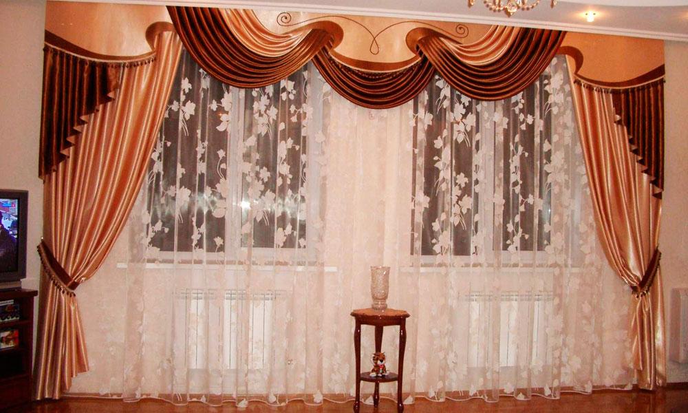 шторы-в-гостиную-с-ламбрекеном-1
